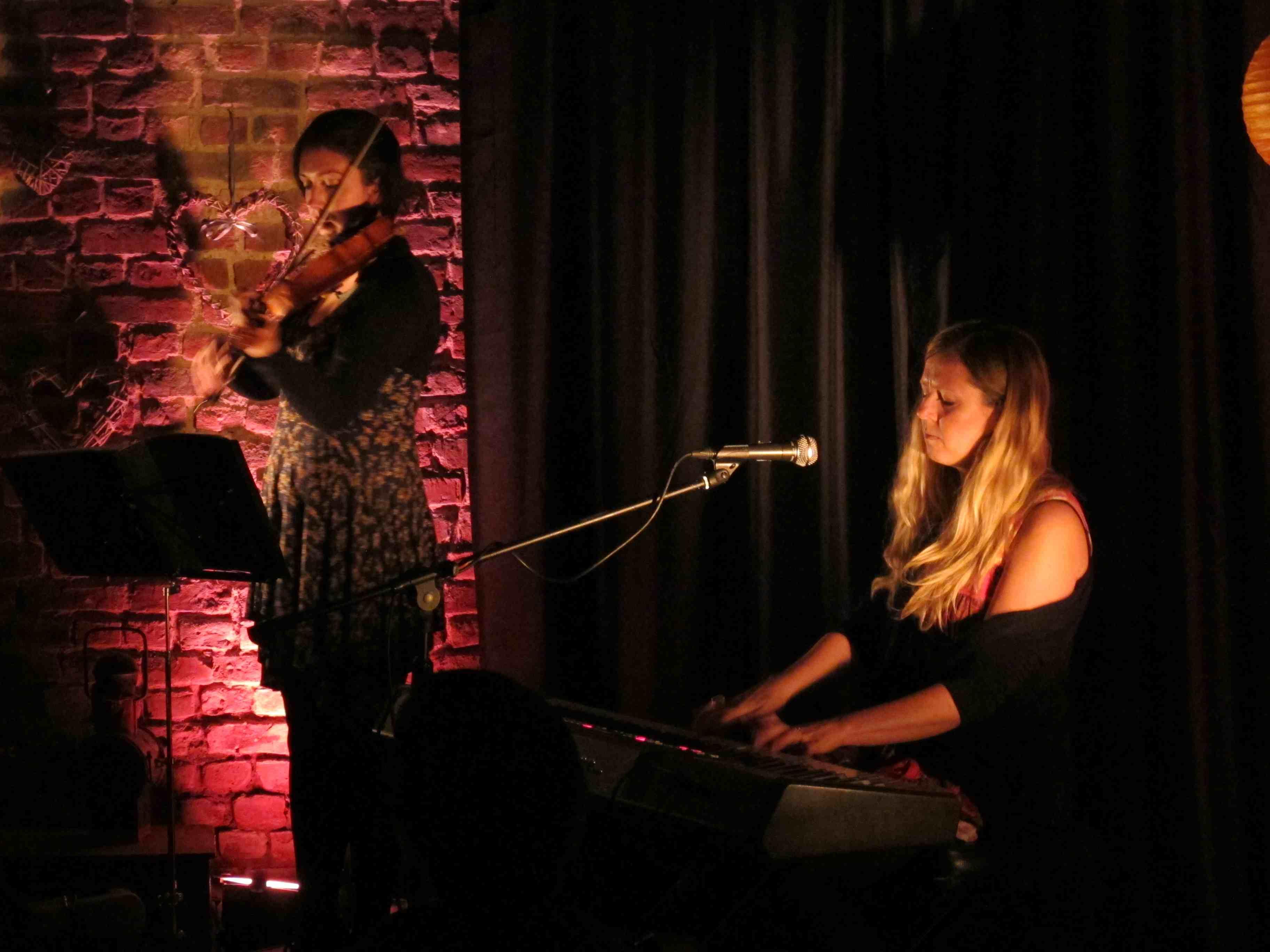 Jelli Records Cellar Session : Daisy Chapman
